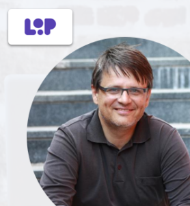 Offering a product demo, a free trial or both? I Interview with Bostjan Bregar from Loop